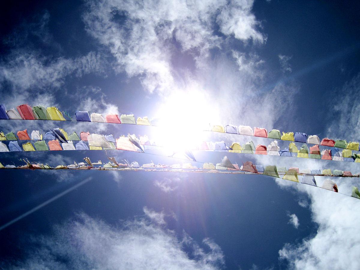 Bildergebnis für bedeutung der tibetischen gebetsfahnen